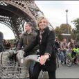 Evelyne Dhéliat au Green Ride de Paris (25 octobre 2009)
