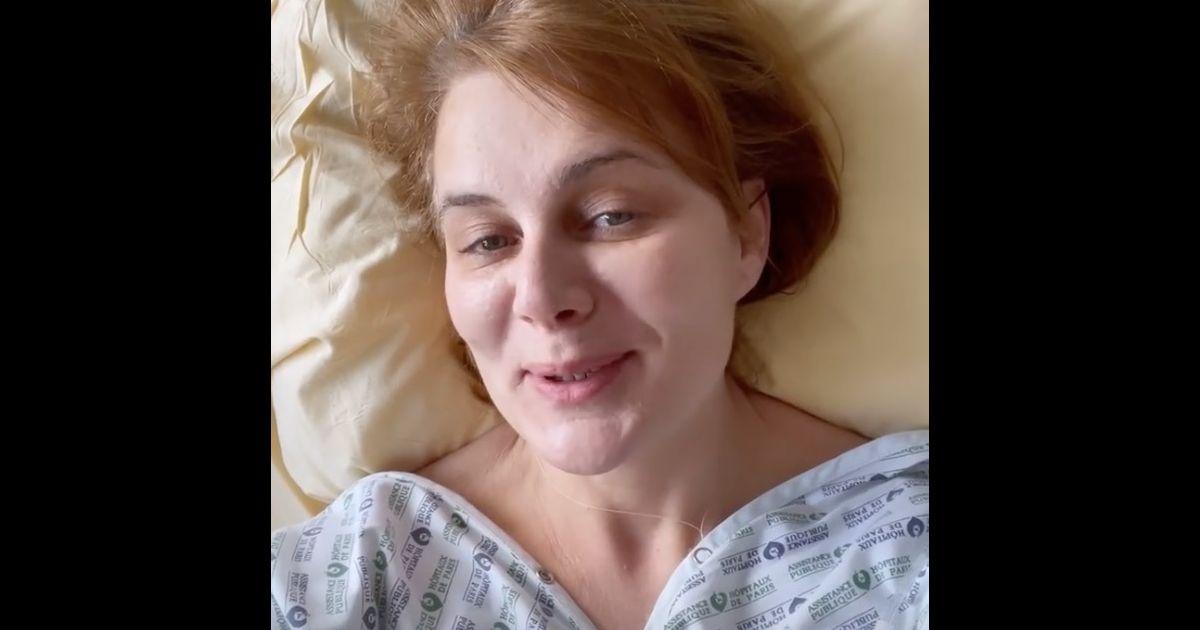 Ariane Séguillon victime de la Covid-19 : elle annonce, avec une petite voix, qu'elle sort de l'hôpital ! - Pure People