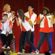 Naya Rivera, Kevin McHale, Dianna Agron, Harry Shum Jr., Lea Michele et Amber Riley perform en concert au Staples Center à Los Angeles, le 28 mai 2011.