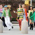 Ashley Fink, Heather Morris, Lea Michele, Dianna Agron, Naya Rivera et Jenna Ushkowitz  sur le tournage de Glee à New York, en avril 2011.