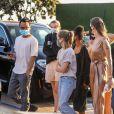 Angelina Jolie est allée diner avec ses enfants Shiloh, Vivienne, Knox, Zahara, Maddox et Pax Jolie-Pitt au restaurant Nobu à Los Angeles. Le 27 août 2020.
