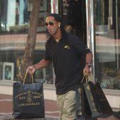 Ronaldinho : Séance shopping à Monaco... il en a bien besoin !
