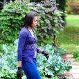 Michelle Obama dans les jardins de la Maison Blanche le 29 octobre 2009