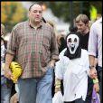 James Gandolfini et son fils ont sorti leur panoplie d'Halloween le 31/10/09