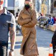 Exclusif - Bella Hadid a été aperçue sur le tournage de la nouvelle campagne Michael Kors à New York, le 29 mars 2021.