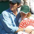 Jean-Luc Reichmann et sa fille au tournoi de tennis de Roland-Garros. 2002.