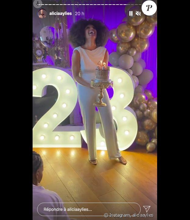 Alicia Aylies fête ses 23 ans, sur Instagram le 25 avril 2021.
