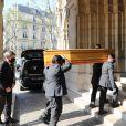Illustration - Arrivées aux obsèques de Yves Rénier en l'église Saint-Pierre de Neuilly-sur-Seine. Le 30 avril 2021