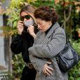 Samantha Rénier et Lola Zidi-Rénier (filles de Yves Rénier) - Arrivées aux obsèques de Yves Rénier en l'église Saint-Pierre de Neuilly-sur-Seine, France, le 30 avril 2021.