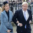 Le Premier ministre britannique Boris Johnson et sa compagne Carrie Symonds à la sortie de la cérémonie du Commonwealth en l'abbaye de Westminster à Londres, le 9 mars 2020.