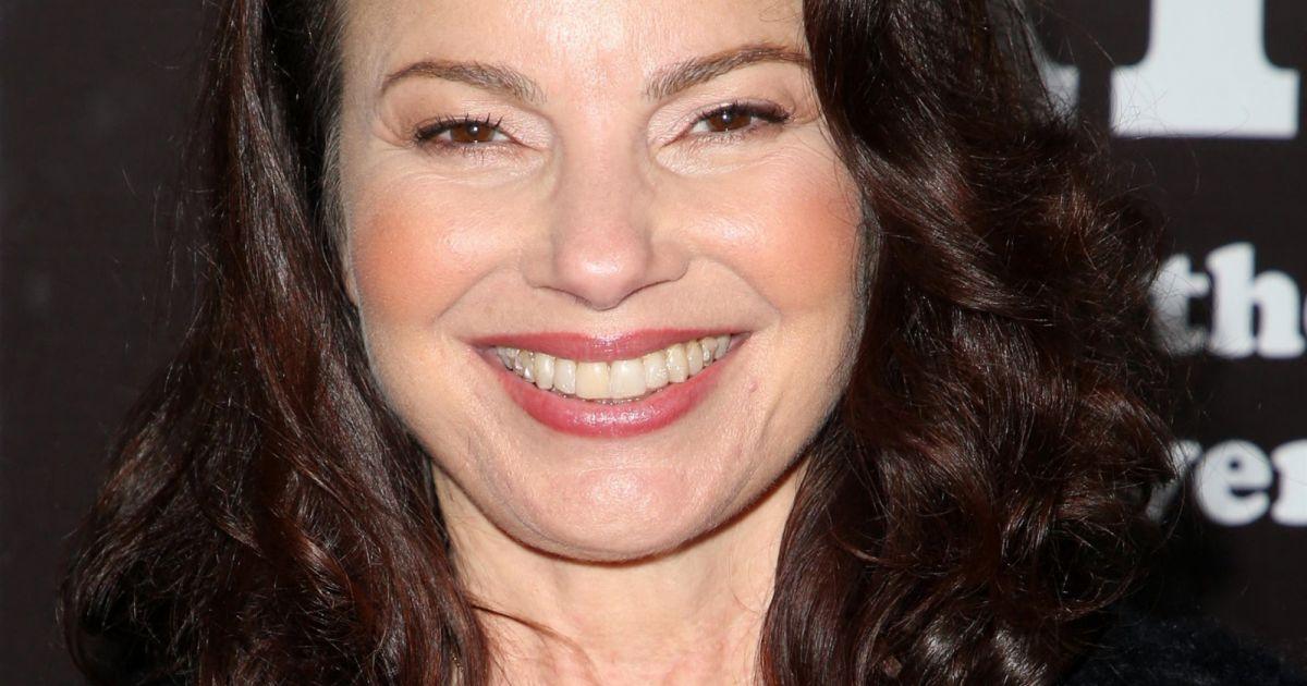 Fran Drescher (Une nounou d'enfer) : A 63 ans, elle rentre toujours une tenue culte de la série !