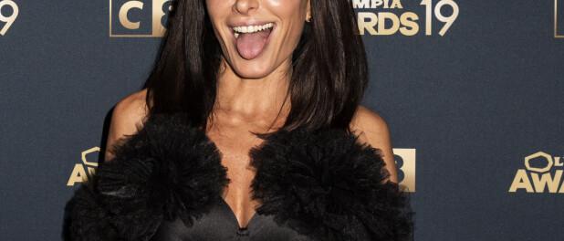 Jenifer glamour à souhait pour les 20 ans de la Star Academy, la preuve en photo