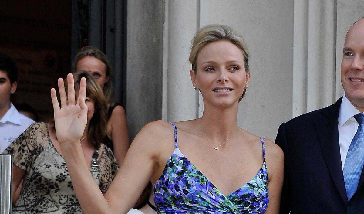 Charlene de Monaco a-t-elle vraiment tenté de s'enfuir avant son mariage avec le prince Albert ?