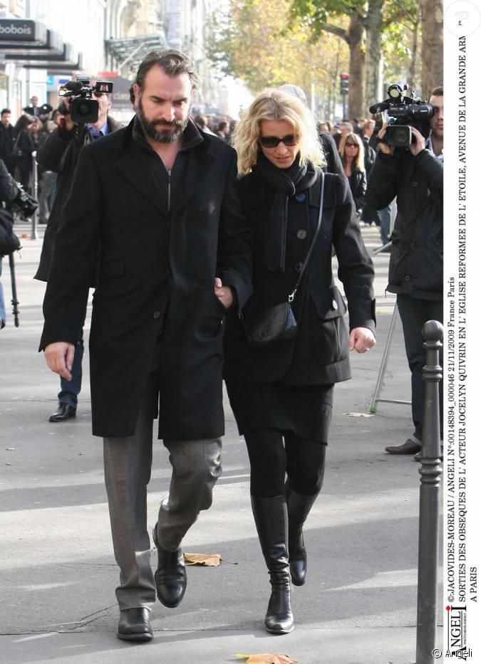Jean dujardin et alexandra lamy aux obs ques de jocelyn for Famille dujardin