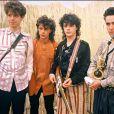 Indochine en 1985 avec au centre les jumeaux Nicola et Stéphane Sirkis.