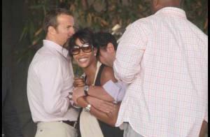 Naomi Campbell : Elle s'éclate sous le soleil, très décolletée et court-vêtue... avec son amoureux milliardaire !