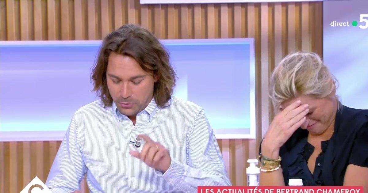 """Anne-Elisabeth Lemoine confuse face à Eric Dupond-Moretti :""""Je vous présente mes plus plates excuses"""""""