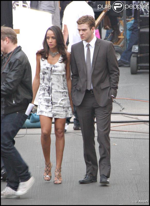 Justin Timberlake sur le tournage de la publicité Audi avec Dania Ramirez le 15 décembre 2009 à Los Angeles