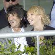 Ronnie Wood et Ekaterina Ivanova, le 29 avril 2009, à Ascot.