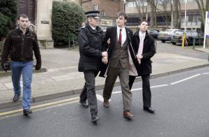 Pete Doherty : La police l'attendait à la sortie du tribunal... pour une nouvelle arrestation ! (réactualisé)