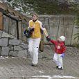La famille d'Espagne à Baqueira Beret. Cristina d'Espagne a un attirail de choc ! 29/12/09