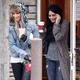 Ashley Tisdale et Vanessa Hudgens à Toluca Lake, le 30 décembre 2009