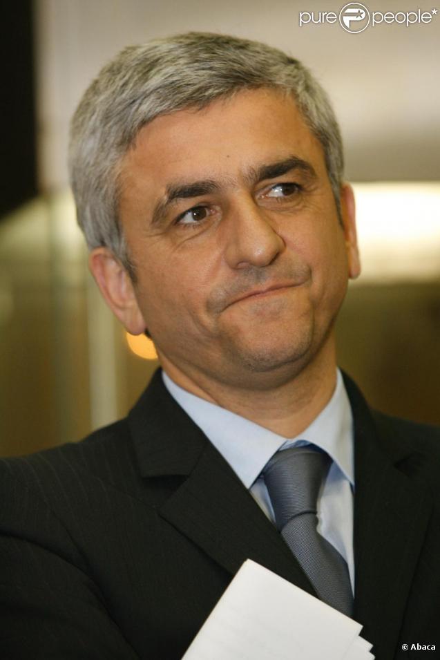 Herv morin ministre de la d fense du gouvernement for Ministre de defense