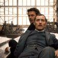 Robert Downey Jr. (Sherlock) et Jude Law (Watson) dans Sherlock Holmes de Guy Ritchie