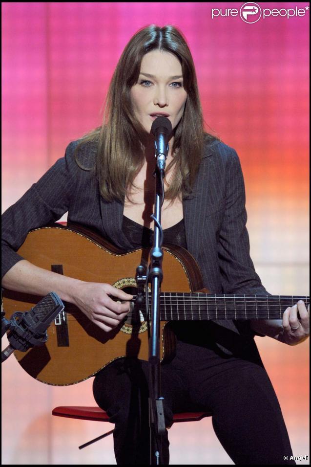 Carla Bruni va sortir deux albums en septembre 2010 !