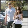 Miley Cyrus et son boyfriend, Liam Hemsworth passent l'après midi à Toluca Lake le 6 janvier 2010