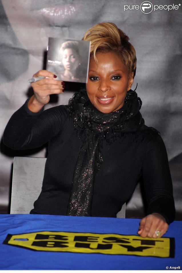 Le 22 décembre 2009, Mary J. Blige présente l'album à ses fans à New York !