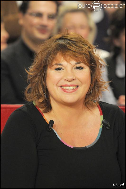 """Michèle Bernier à l'émission """"Vivement Dimanche"""" tournée le 6.01.10 (diffusée le 10.01.10)"""