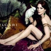 Julianne Moore : Regardez l'actrice mêler luxe et sensualité...