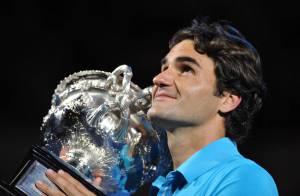Faites place au roi Roger Federer : après Tsonga, il atomise Murray... Regardez le dénouement et les larmes terribles du vaincu !