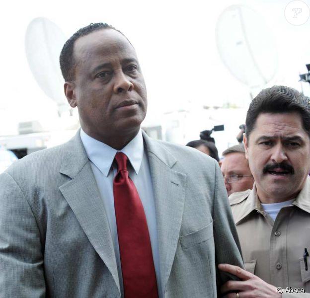 Le Dr Murray au tribunal de Los Angeles