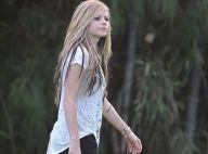 Avril Lavigne au Pays des Merveilles : une vraie princesse sur le tournage de son clip !