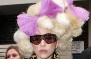 Quand Lady Gaga se prend pour Mozart en total look léopard... c'est ridicule !