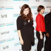 Tiffani Thiessen, enceinte, a présenté son ventre rond à une Maggie Gyllenhaal flamboyante !
