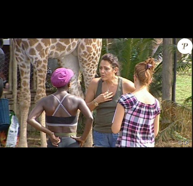 Hermine s'explique avec Surya : ambiance tendue...