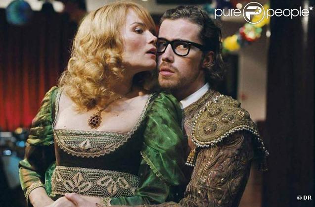 Des images de  Enseble, nous allons vivre une très, très grande histoire d'amour...