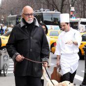 René Angélil : promener son chien... c'est son hobbie numéro un !
