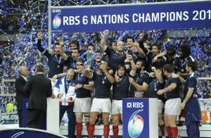 Revivez l'exploit de nos Bleus... vainqueurs du Grand Chelem au tournoi des VI Nations !