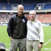 Zinedine Zidane en classe de neige grâce à l'un de ses grands copains !