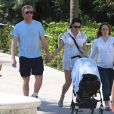 Boris Becker, sa femme Lilly Kerssenberg et leur fils Amadeus, déjeunent à Miami