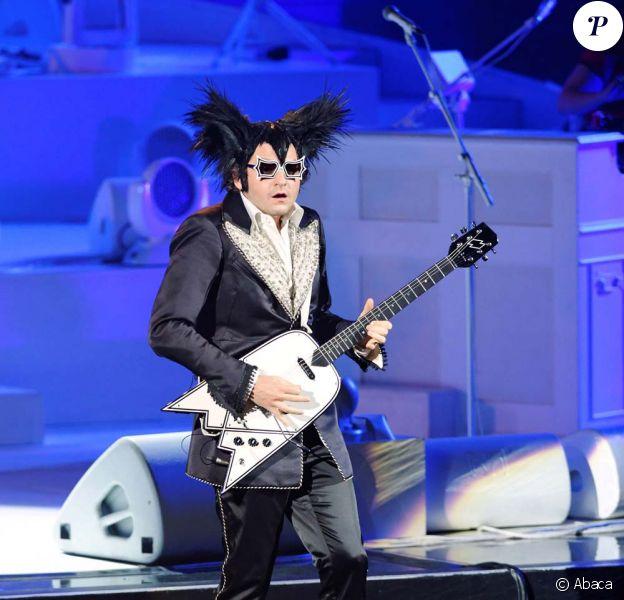Mister Mystère alias Matthieu Chedid sur scène, à Genève, mars 2010 !