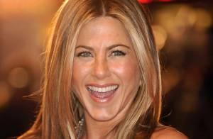 Jennifer Aniston, prête à vous envoûter cet été !