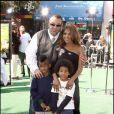 Toni Braxton, Keri Lewis et leurs enfants, à l'avant-première du film  Madagascar 2 , à Westwood, le 26 octobre 2010 !