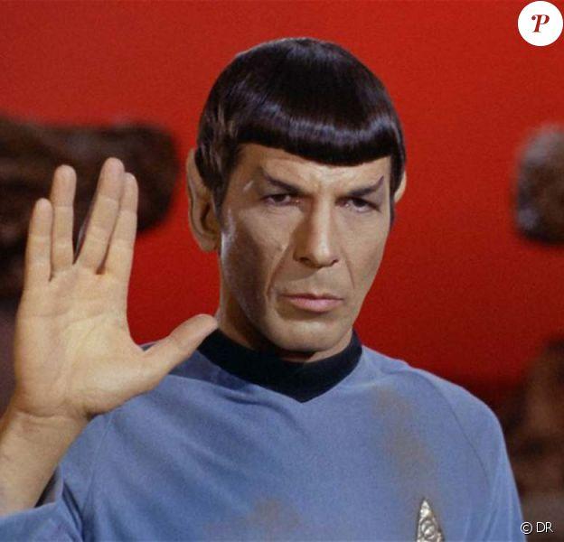 Leonard Nimoy en Spock dans Star Trek.