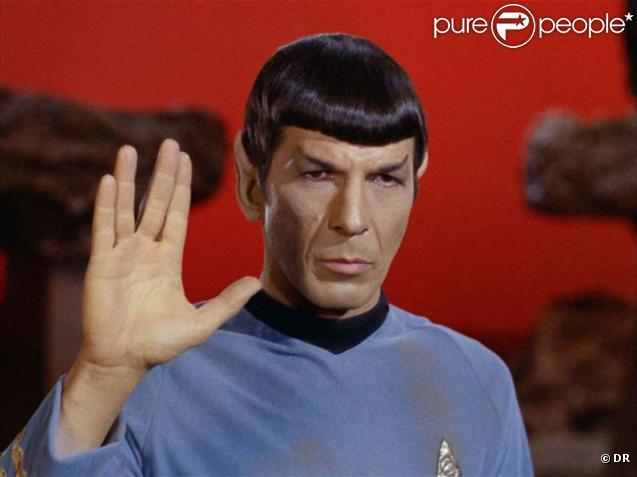 Leonard Nimoy en Spock dans  Star Trek .