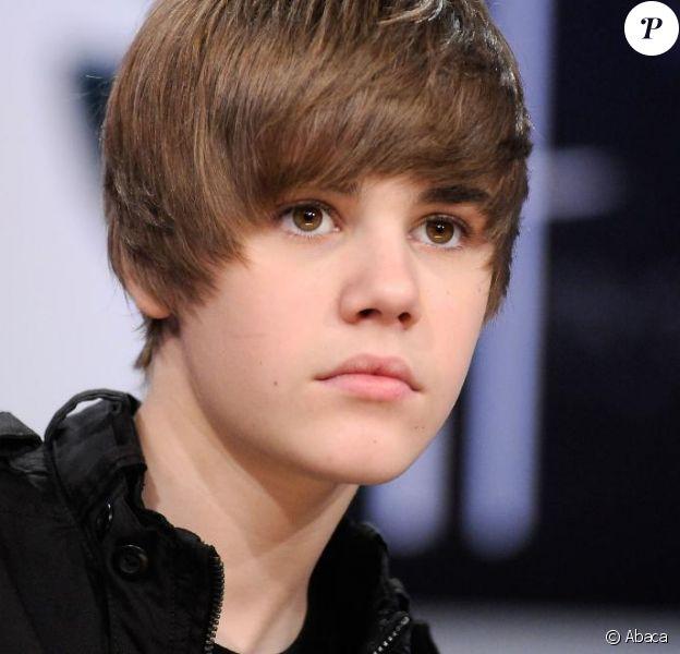 Justin Bieber a été photographié torse nu sur la plage de Whale Beach, à Sydney, samedi 24 avril.